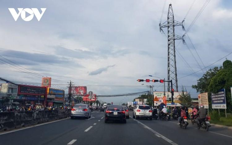 Nâng cấp hệ thống chiếu sáng trên cao tốc TPHCM – Trung Lương ảnh 1