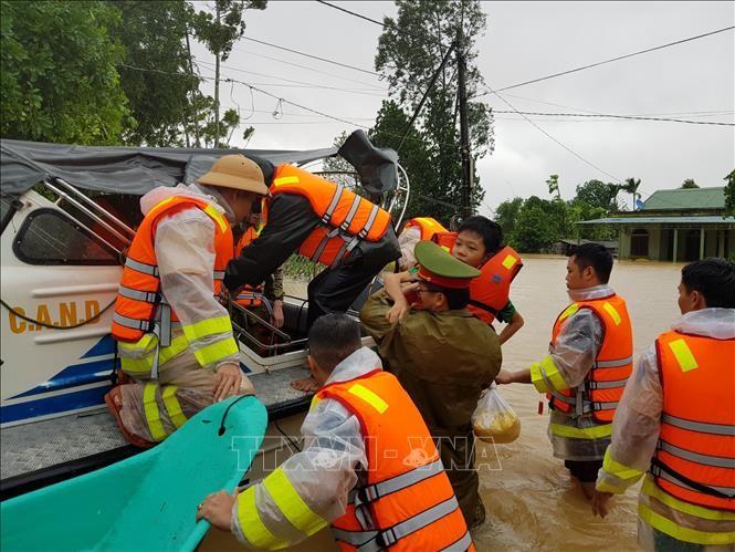 Sạt lở đất đặc biệt nghiêm trọng tại Quảng Trị, khả năng nhiều người bị vùi lấp ảnh 1