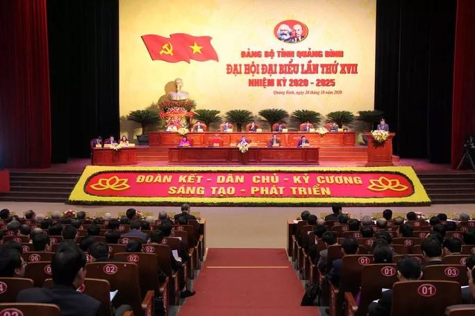Danh sách 49 người trúng cử Ban chấp hành Đảng bộ tỉnh Quảng Bình ảnh 1