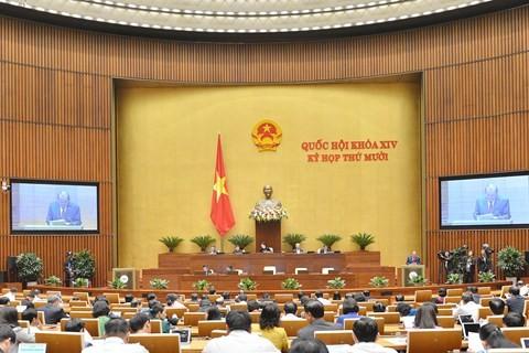 Phó Thủ tướng Thường trực Trương Hoà Bình báo cáo trước Quốc hội ảnh 1