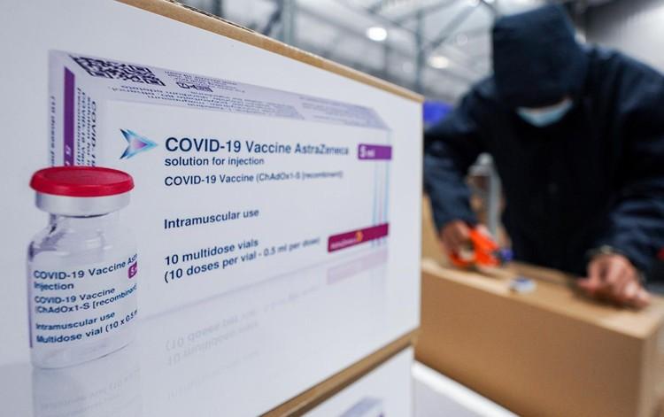 Cảnh chuyển vaccine Covid-19 từ TP.HCM đến Hà Nội và Hải Dương ảnh 7