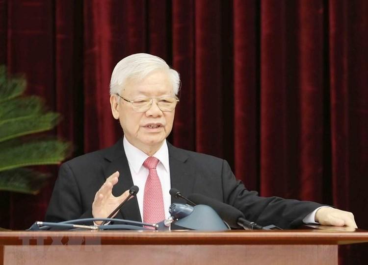 Bộ Chính trị đề nghị Trung ương kiện toàn các chức danh lãnh đạo các cơ quan nhà nước tại kỳ họp thứ 11 Quốc hội khoá XIV ảnh 1