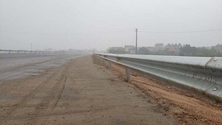 Hình ảnh 8 km cao tốc Bắc - Nam qua Ninh Bình sắp thông xe ảnh 2