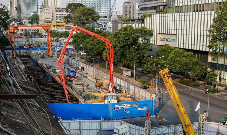 Hiện trạng công trường metro trước khi tái lập mặt đường Lê Lợi ảnh 2