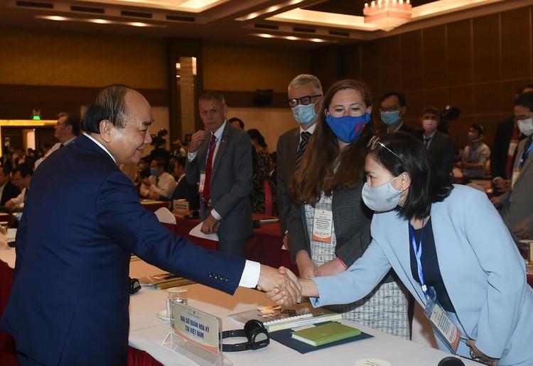 CHÙM ẢNH: Thủ tướng chủ trì hội nghị lần 3 về phát triển bền vững ĐBSCL ảnh 3
