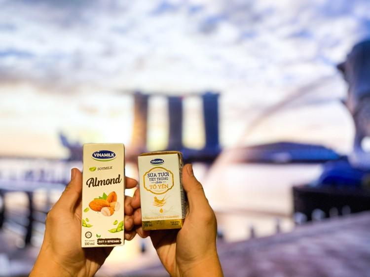 """Vinamilk tiếp tục tiến công"""" thị trường Singapore với dòng sản phẩm cao cấp ảnh 1"""