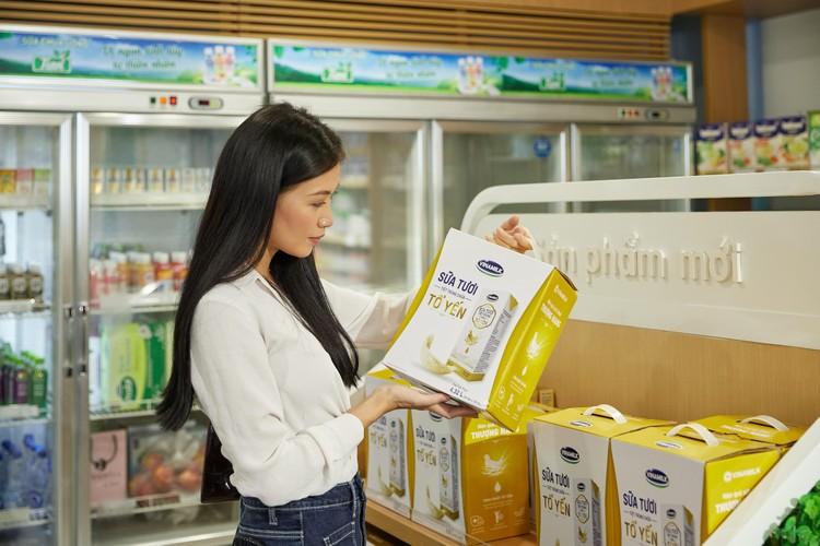 """Vinamilk tiếp tục tiến công"""" thị trường Singapore với dòng sản phẩm cao cấp ảnh 2"""