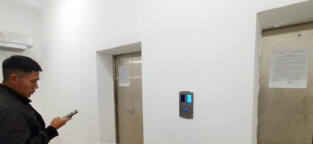 Sống 'chui' trong chung cư chưa nghiệm thu, cư dân sợ hãi vì thang máy rơi tự do ảnh 3