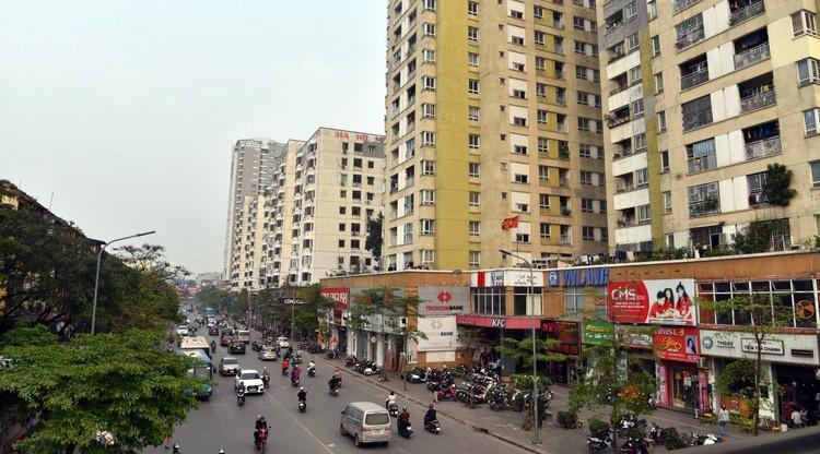 Rùng mình với những chung cư, tập thể cũ ở Hà Nội tiềm ẩn nguy cơ với người dân ảnh 1
