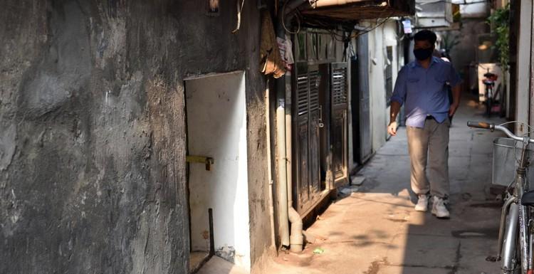 Rùng mình với những chung cư, tập thể cũ ở Hà Nội tiềm ẩn nguy cơ với người dân ảnh 12