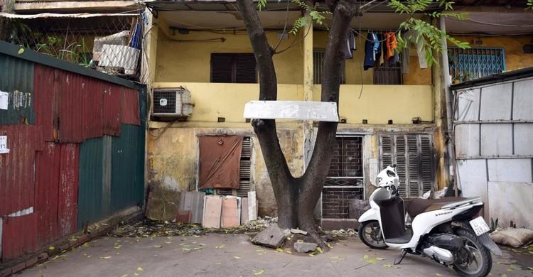 Rùng mình với những chung cư, tập thể cũ ở Hà Nội tiềm ẩn nguy cơ với người dân ảnh 15