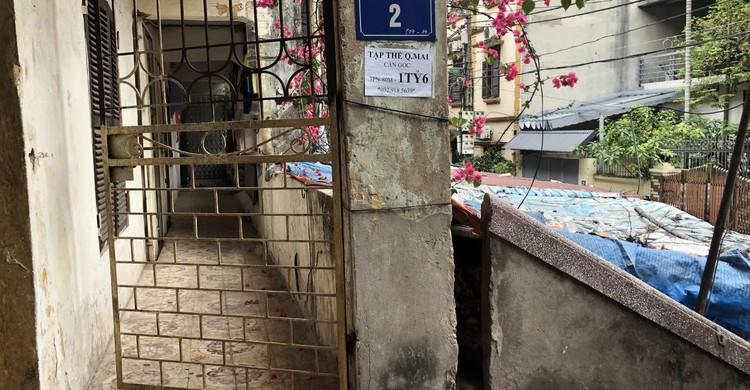 Rùng mình với những chung cư, tập thể cũ ở Hà Nội tiềm ẩn nguy cơ với người dân ảnh 16