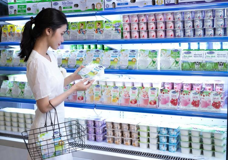 Vượt mốc 500 cửa hàng Giấc Mơ Sữa Việt, Vinamilk gia tăng trải nghiệm mua sắm cho người tiêu dùng ảnh 3