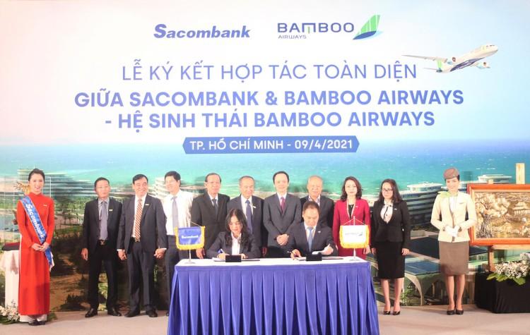 Ký kết hợp tác toàn diện Sacombank và Bamboo Airways: Hai thương hiệu, triệu giá trị ảnh 1
