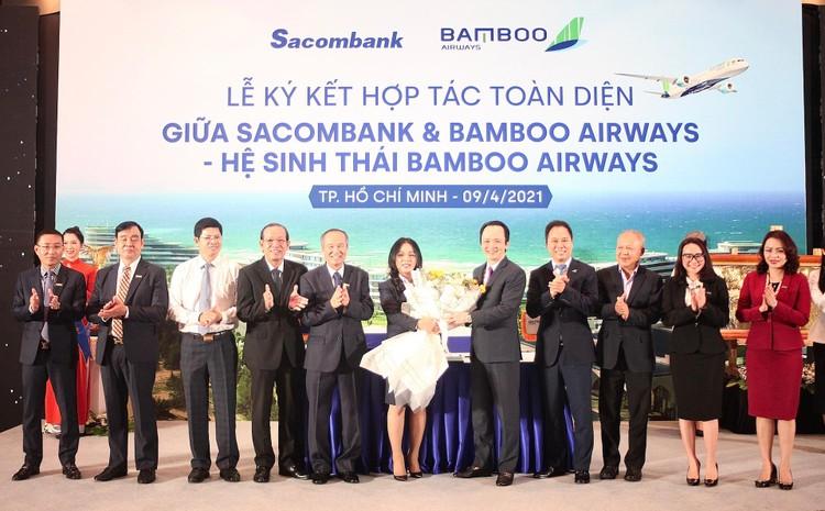 Ký kết hợp tác toàn diện Sacombank và Bamboo Airways: Hai thương hiệu, triệu giá trị ảnh 2