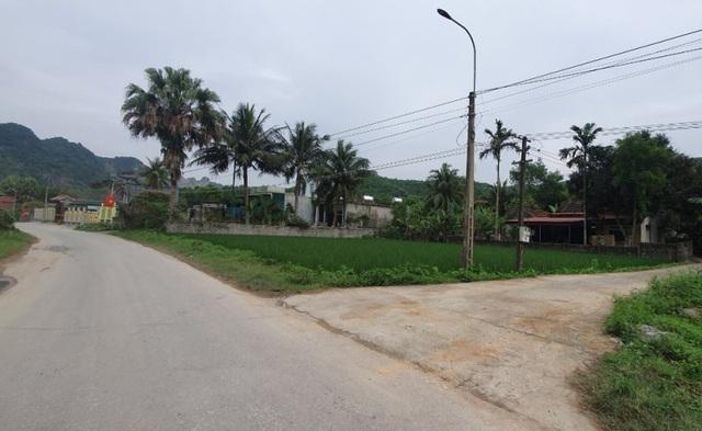 """Cảnh báo """"nóng"""": Đấu giá đất nông thôn ở Thanh Hóa mà 1.000 hồ sơ tham gia ảnh 1"""
