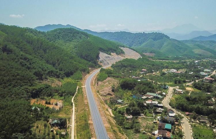 Cao tốc nối Đà Nẵng với Thừa Thiên Huế sắp về đích ảnh 3