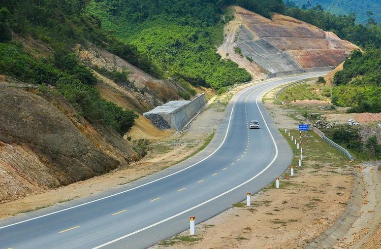 Cao tốc nối Đà Nẵng với Thừa Thiên Huế sắp về đích ảnh 7