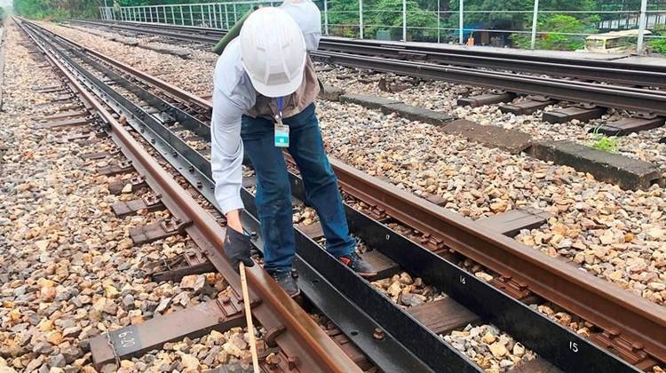 Hệ thống đường sắt quốc gia đi qua Hà Nội xuống cấp thê thảm ảnh 2