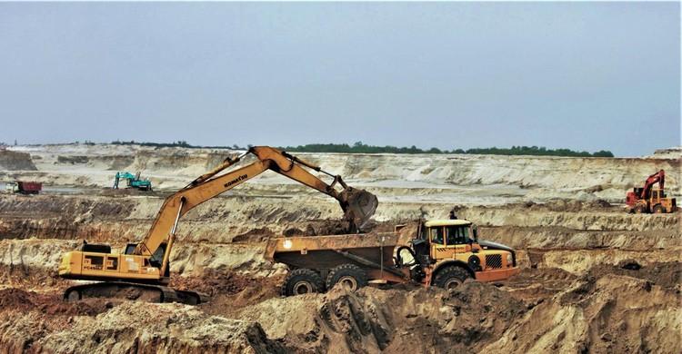 Mỏ sắt lớn nhất Đông Nam Á bất động gần 10 năm ảnh 2