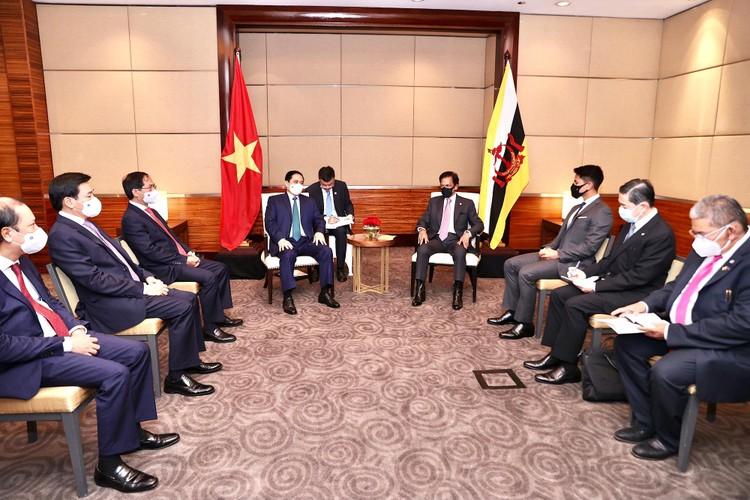 Thủ tướng Chính phủ Phạm Minh Chính hội kiến Quốc vương Brunei ảnh 2