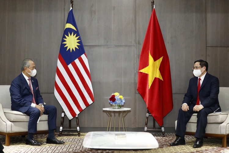 Thủ tướng Chính phủ Phạm Minh Chính gặp gỡ song phương Thủ tướng Campuchia, Singapore, Malaysia ảnh 4
