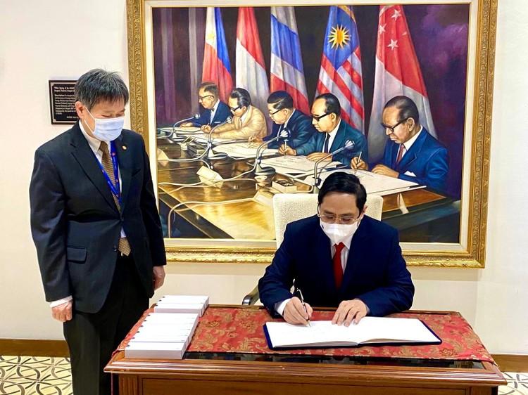 Thủ tướng Chính phủ Phạm Minh Chính tiếp Tổng Thư ký ASEAN ảnh 1