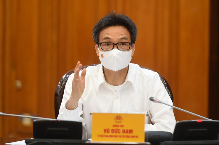 Thủ tướng Phạm Minh Chính nhắc nhở, chấn chỉnh nghiêm khắc các địa phương chưa làm tốt phòng chống dịch ảnh 2