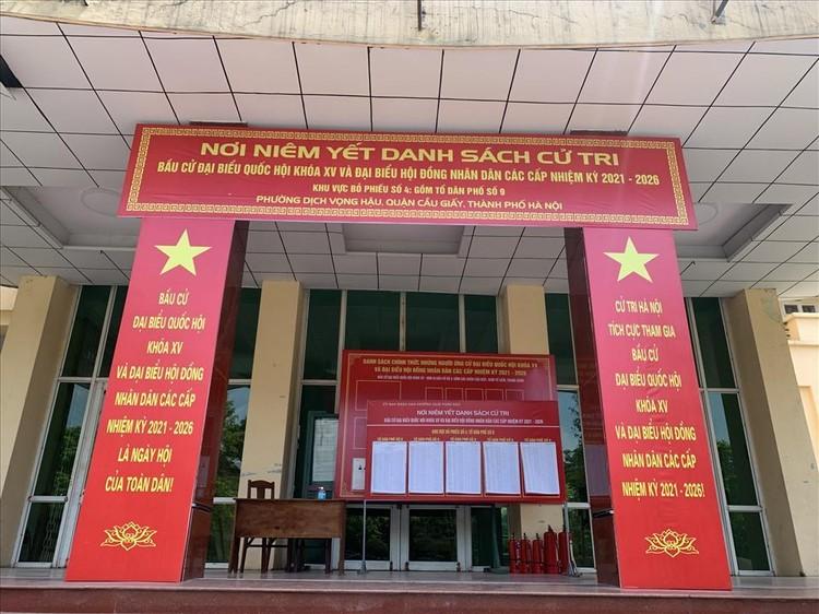 Hà Nội: Hoàn thành niêm yết danh sách cử tri tại các khu vực bầu cử ảnh 2