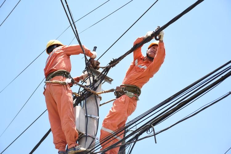 Sử dụng thiết bị điện đúng cách để tiết kiệm điện ở mức tối ưu ảnh 1