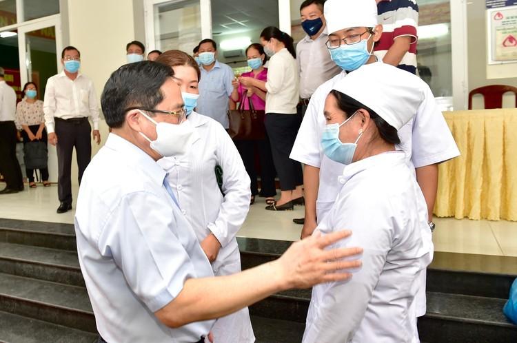 Thủ tướng Phạm Minh Chính tiếp xúc cử tri tại TP. Cần Thơ ảnh 5