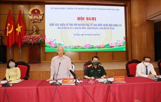 Tổng Bí thư Nguyễn Phú Trọng tiếp xúc cử tri, vận động bầu cử tại Hà Nội ảnh 2