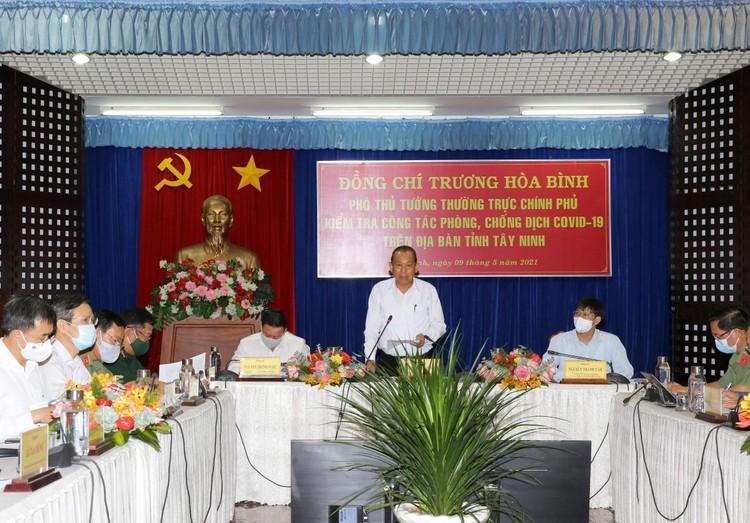 Thủ tướng Chính phủ Phạm Minh Chính triệu tập cuộc họp khẩn với 6 tỉnh biên giới Tây Nam về phòng chống dịch ảnh 2