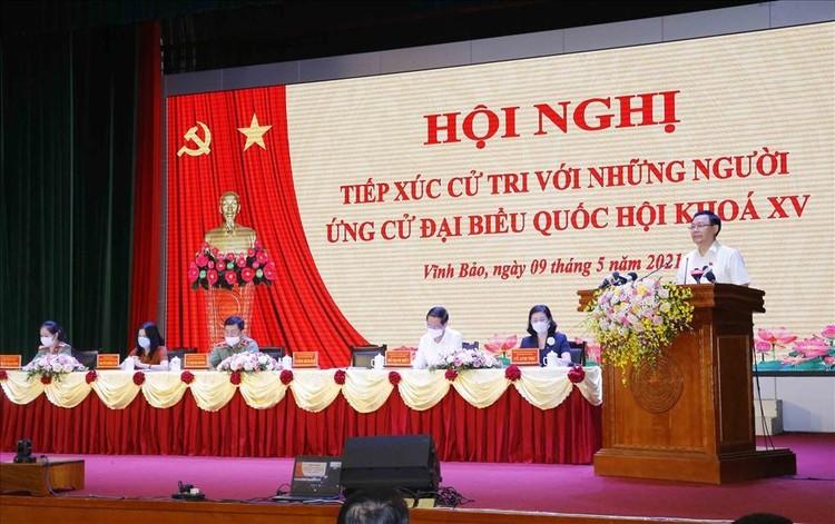Chủ tịch Quốc hội Vương Đình Huệ tiếp xúc cử tri tại Hải Phòng ảnh 3