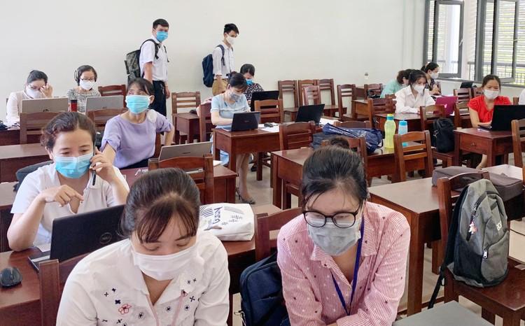 """Công nghệ giúp học sinh Đà Nẵng """"về đích"""" năm học 2020-2021 ảnh 2"""