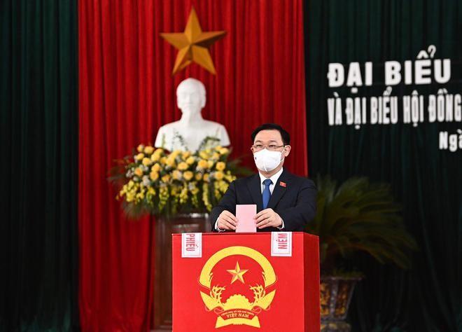 Tổng bí thư, Chủ tịch nước, Thủ tướng Chính phủ, Chủ tịch Quốc hội hoàn thành bỏ phiếu bầu cử ảnh 6