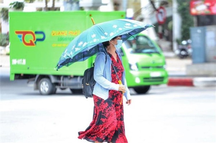 Nắng nóng gay gắt duy trì tại Bắc Bộ và từ Thanh Hóa đến Phú Yên ảnh 1
