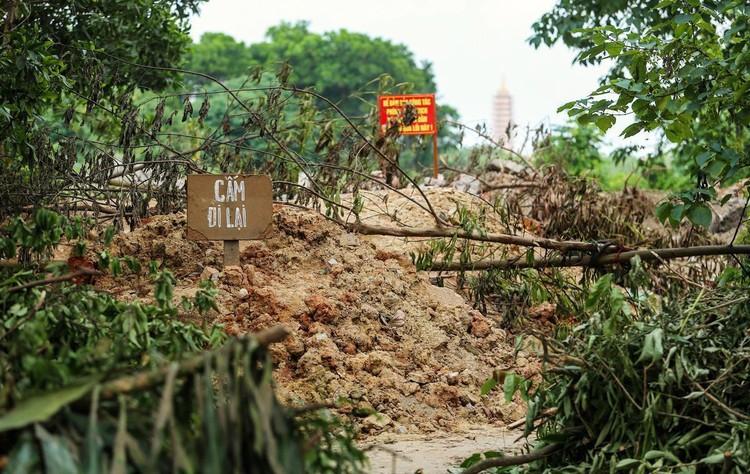Hàng loạt chốt chặn phòng dịch ở ngoại thành Hà Nội ảnh 9