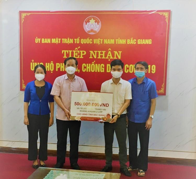Tập đoàn BRG ủng hộ 1 tỷ đồng và 20.000 khẩu trang cho các tỉnh Hà Nam và tỉnh Bắc Giang ảnh 2