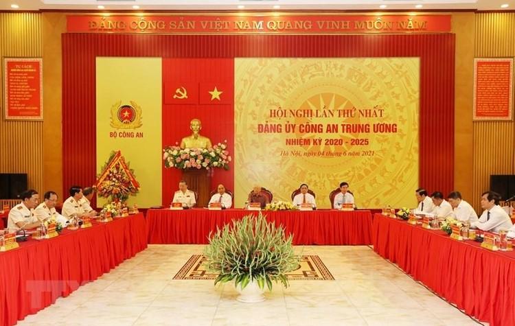 Tổng Bí thư, Chủ tịch nước và Thủ tướng tham gia Đảng ủy Công an Trung ương ảnh 3