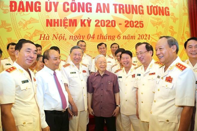 Tổng Bí thư, Chủ tịch nước và Thủ tướng tham gia Đảng ủy Công an Trung ương ảnh 5