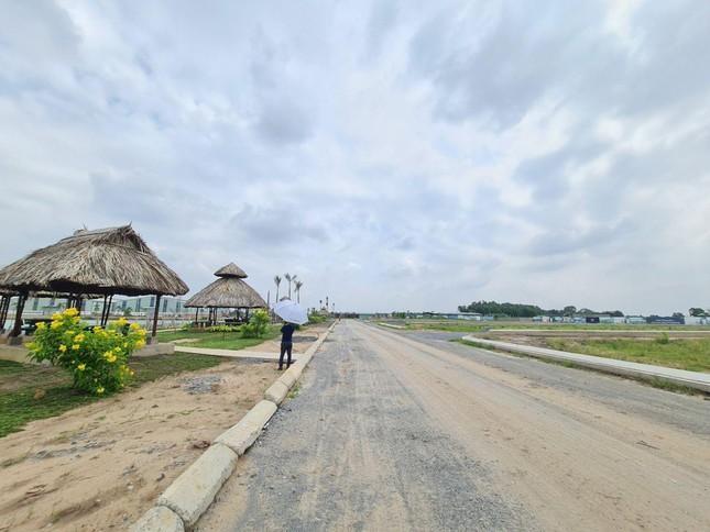 Rộ dự án bất động sản ngang nhiên 'bán lúa non' ở Long An ảnh 1