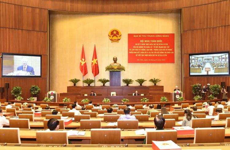 Tư tưởng, đạo đức, phong cách của Chủ tịch Hồ Chí Minh phải thực sự thấm sâu vào đời sống xã hội ảnh 2