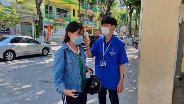 Đà Nẵng xét nghiệm cho hơn 16.000 người tham gia kỳ thi tốt nghiệp THPT ảnh 1