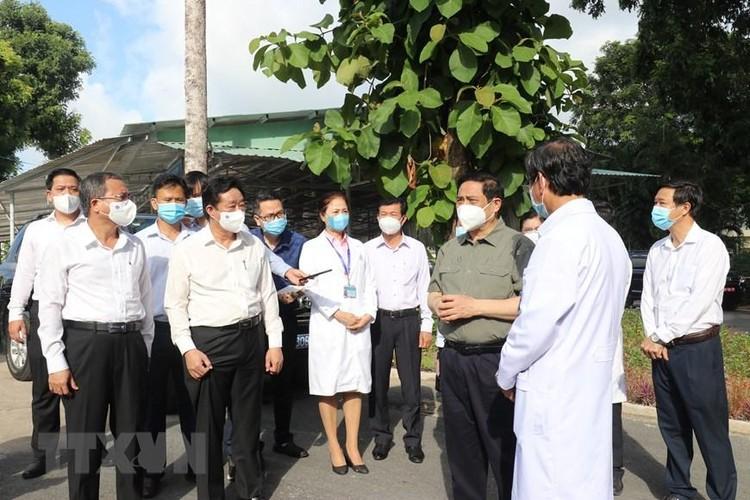 Thủ tướng kiểm tra công tác phòng, chống dịch COVID-19 tại Bình Dương ảnh 3