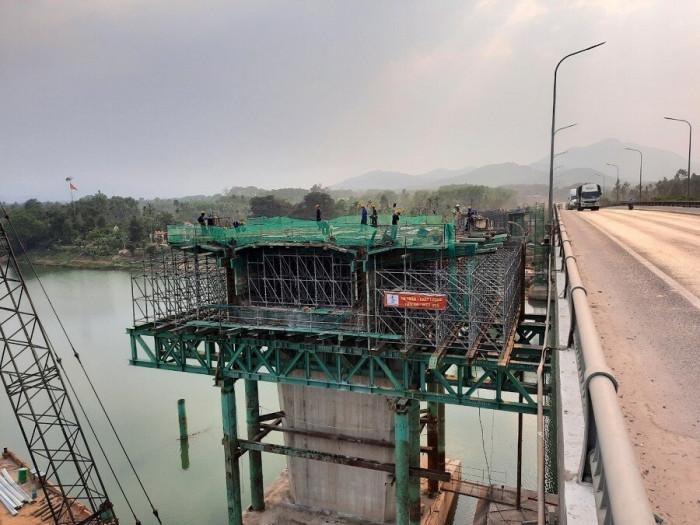 Thừa Thiên Huế đã bàn giao 100% mặt bằng tuyến cao tốc Cam Lộ - La Sơn ảnh 1