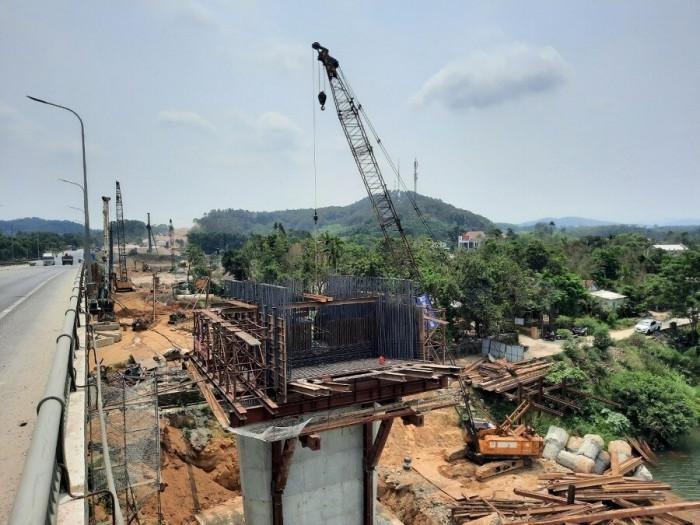 Thừa Thiên Huế đã bàn giao 100% mặt bằng tuyến cao tốc Cam Lộ - La Sơn ảnh 2