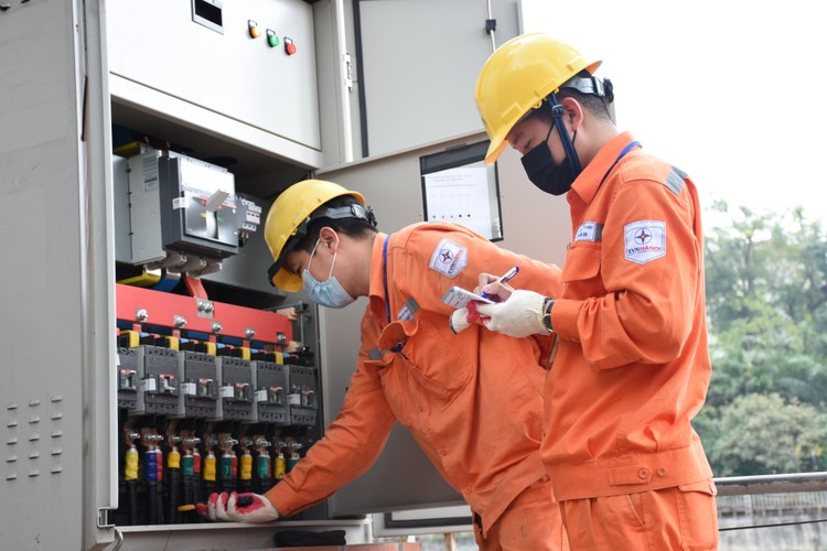 EVNHANOI thí điểm thực hiện trọn gói dịch vụ với khách hàng mua điện qua công tơ 1 pha ảnh 2