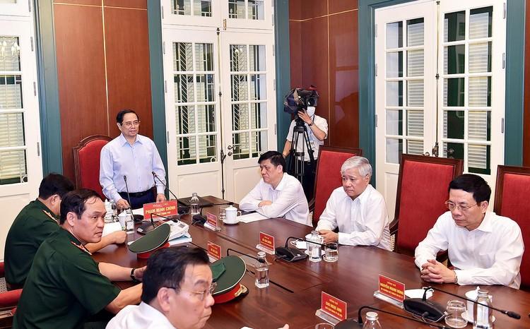 Thủ tướng phát động chiến dịch tiêm chủng lớn nhất lịch sử cho 75 triệu người dân Việt Nam ảnh 1