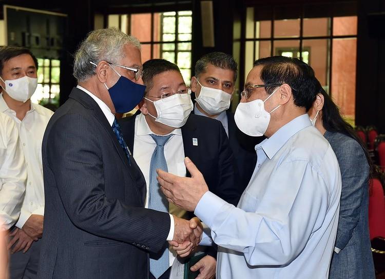 Thủ tướng phát động chiến dịch tiêm chủng lớn nhất lịch sử cho 75 triệu người dân Việt Nam ảnh 2